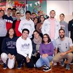 Vicente Hernández explica las virtudes del triatlón en los institutos de La Laguna